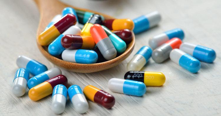 Antibiotiki-750x395